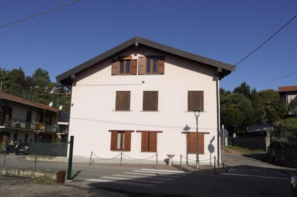 Attico / Mansarda in vendita a Besozzo, 2 locali, prezzo € 65.000 | Cambio Casa.it