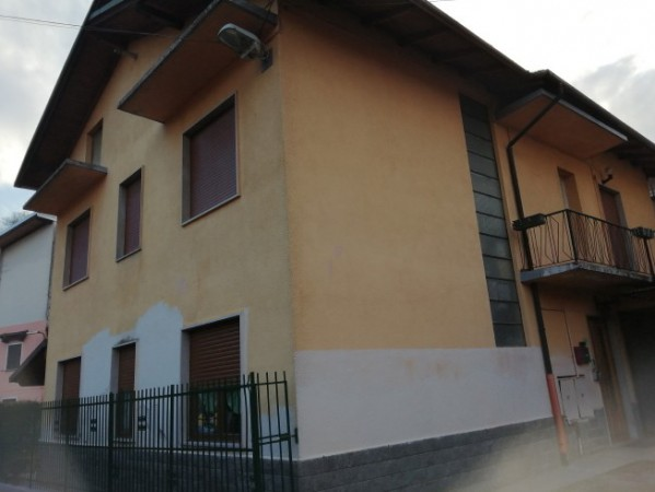 Casa indipendente in Vendita a Gravellona Toce Centro: 3 locali, 107 mq