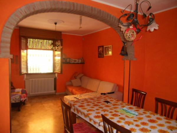 Villa in Vendita a Guastalla