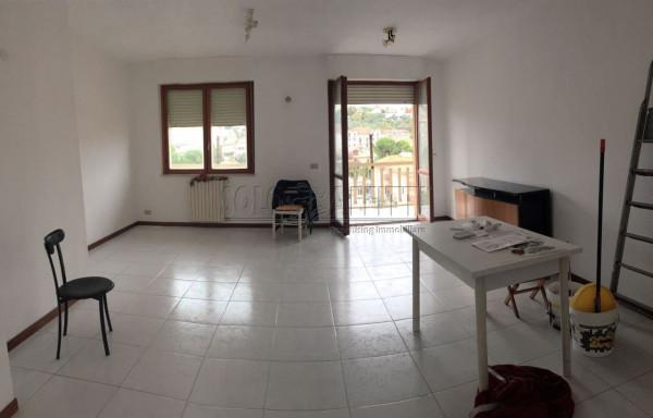 Appartamento in affitto a Pescara, 4 locali, prezzo € 600 | Cambio Casa.it