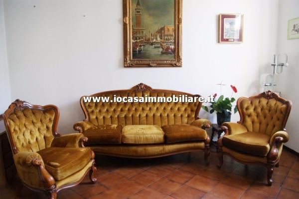 Appartamento in vendita a Giussago, 3 locali, prezzo € 75.000 | Cambio Casa.it