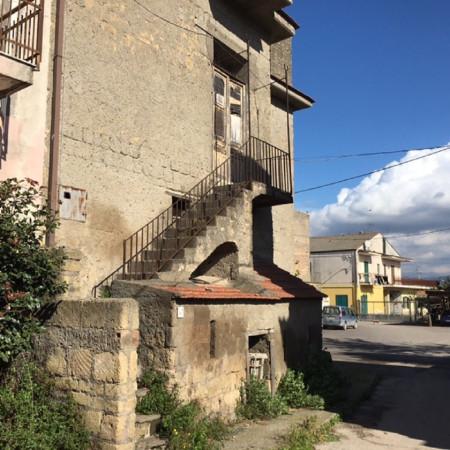 Rustico / Casale in vendita a Acerra, 6 locali, prezzo € 55.000 | Cambio Casa.it