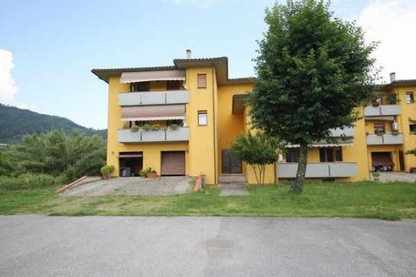 Appartamento in Vendita a Lucca Periferia Nord: 5 locali, 110 mq