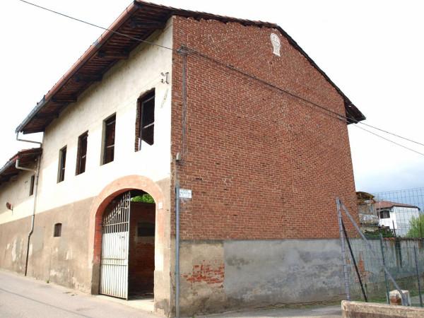 Rustico / Casale in vendita a Strambino, 6 locali, prezzo € 109.000 | Cambio Casa.it