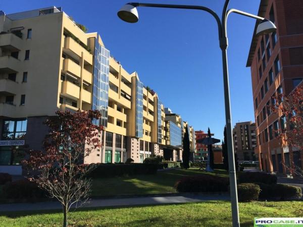 Ufficio / Studio in affitto a Saronno, 3 locali, prezzo € 665 | Cambio Casa.it