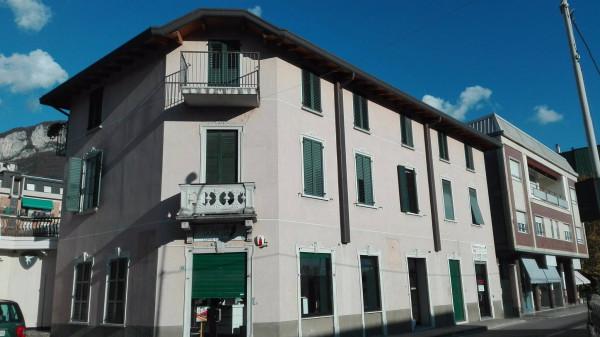Appartamento in affitto a Calolziocorte, 3 locali, prezzo € 450 | Cambio Casa.it