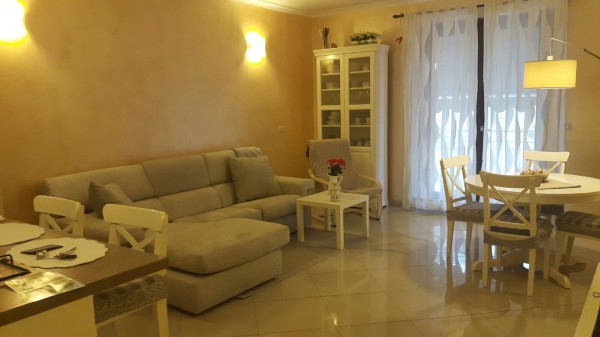 Appartamento in vendita a Frattamaggiore, 3 locali, prezzo € 155.000 | Cambio Casa.it