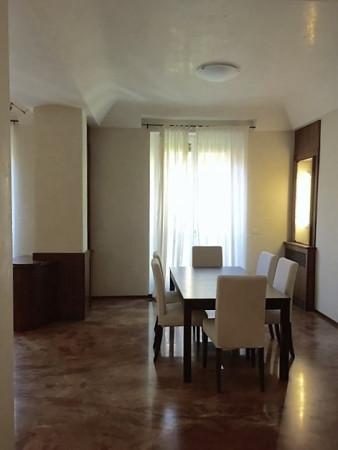 Appartamento in affitto a Bologna, 5 locali, zona Zona: 1 . Centro Storico, prezzo € 2.000 | Cambio Casa.it