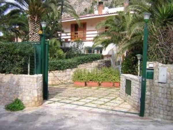 Villa in vendita a Santa Flavia, 5 locali, prezzo € 450.000 | Cambio Casa.it