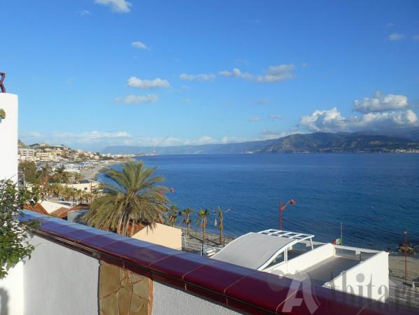 Soluzione Indipendente in vendita a Messina, 4 locali, prezzo € 225.000 | Cambio Casa.it