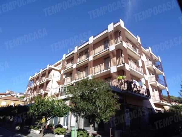 Appartamento in vendita a Andora, 2 locali, prezzo € 259.000 | Cambio Casa.it
