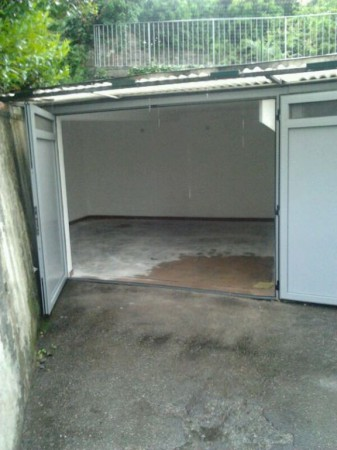 garage-Box-posto auto Singolo in Vendita a Pontassieve