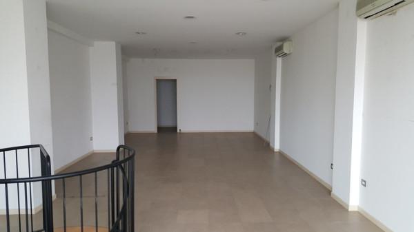 Negozio / Locale in affitto a Pesaro, 2 locali, Trattative riservate   Cambio Casa.it