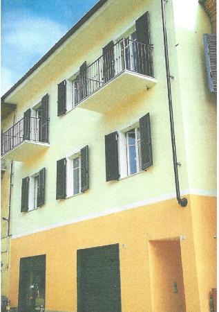 Palazzo / Stabile in vendita a Monforte d'Alba, 6 locali, prezzo € 450.000 | Cambio Casa.it