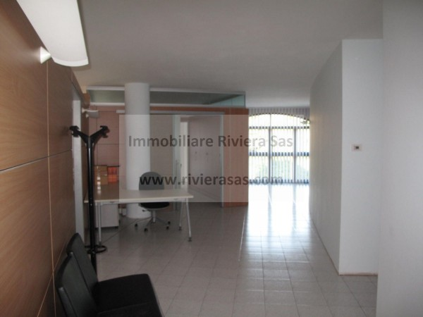 Ufficio / Studio in affitto a Silea, 4 locali, prezzo € 2.250 | Cambio Casa.it