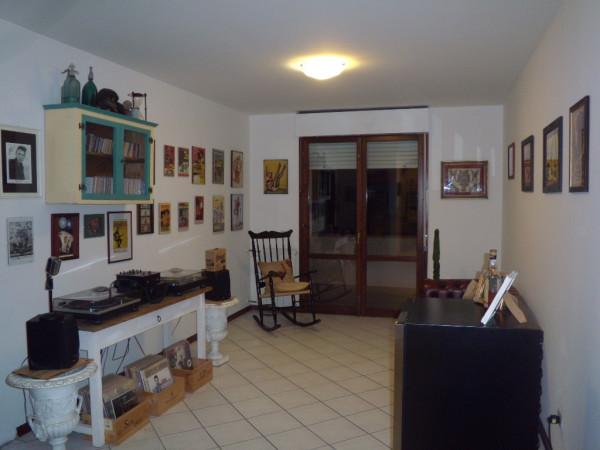 Appartamento in vendita a Agliana, 4 locali, prezzo € 149.000 | Cambio Casa.it
