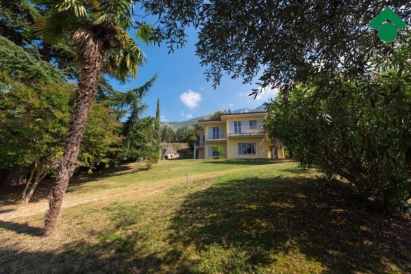 Villa in vendita a Malcesine, 6 locali, prezzo € 950.000 | Cambio Casa.it