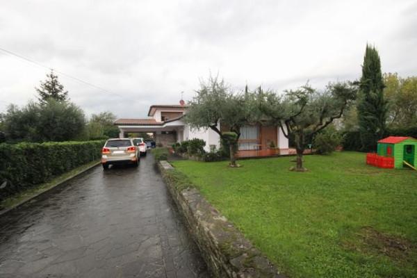 Villa in Vendita a Capannori Periferia Est: 5 locali, 280 mq