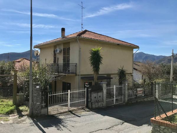 Villa in Vendita a Boissano Periferia: 5 locali, 130 mq