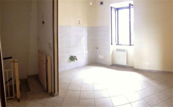 Appartamento in vendita a Colonna, 2 locali, prezzo € 95.000 | Cambio Casa.it