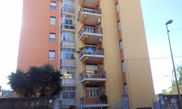 Appartamento in Vendita a Acireale Centro: 5 locali, 120 mq