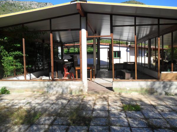 Negozio / Locale in vendita a Sperlonga, 6 locali, prezzo € 500.000 | CambioCasa.it