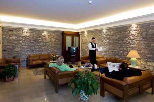 Albergo in vendita a Assisi, 6 locali, prezzo € 6.500.000 | Cambio Casa.it