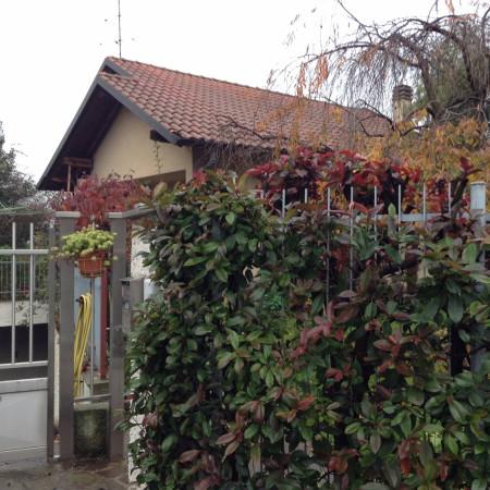 Villa-Villetta Affitto Lonate Pozzolo