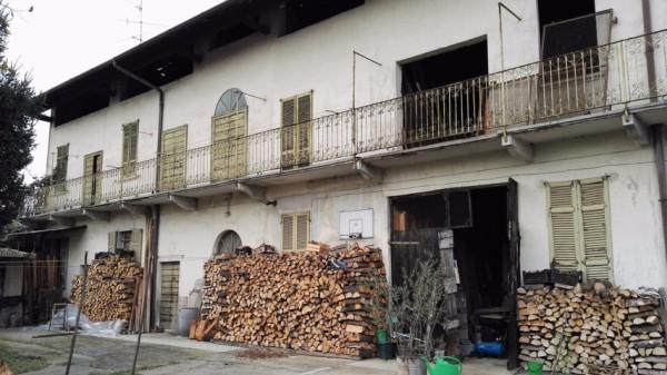 Rustico / Casale in Vendita a Samarate