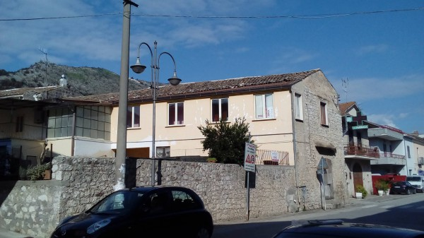 Soluzione Indipendente in vendita a Pietravairano, 6 locali, prezzo € 100.000 | Cambio Casa.it