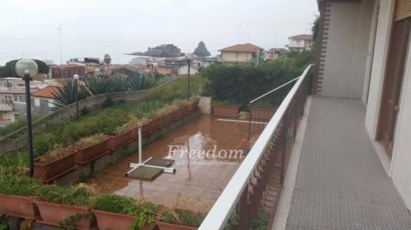 Appartamento in Vendita a Aci Castello Periferia: 4 locali, 110 mq