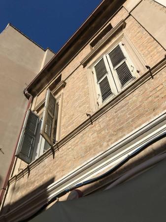 Soluzione Indipendente in vendita a Civitanova Marche, 6 locali, prezzo € 215.000 | Cambio Casa.it