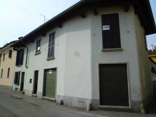 Negozio / Locale in vendita a Seregno, 2 locali, prezzo € 250.000 | Cambio Casa.it