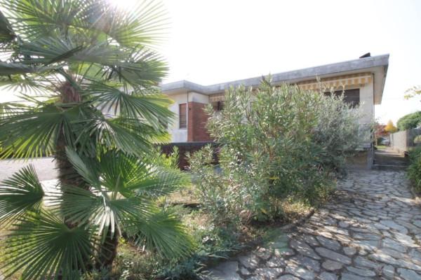 Villa in vendita a Lonate Pozzolo, 5 locali, prezzo € 250.000 | Cambio Casa.it