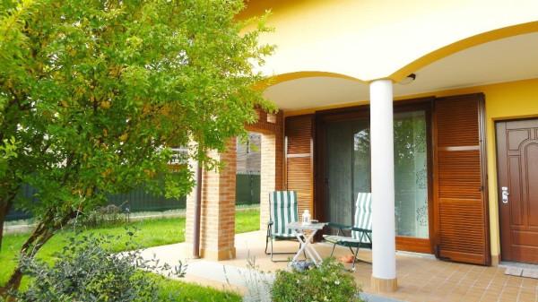 Villa in vendita a Cavenago di Brianza, 4 locali, prezzo € 310.000 | Cambio Casa.it