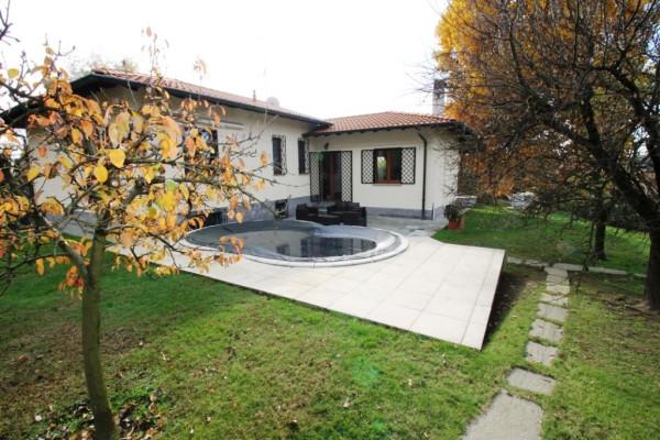 Villa in vendita a Vergiate, 4 locali, prezzo € 430.000 | Cambio Casa.it