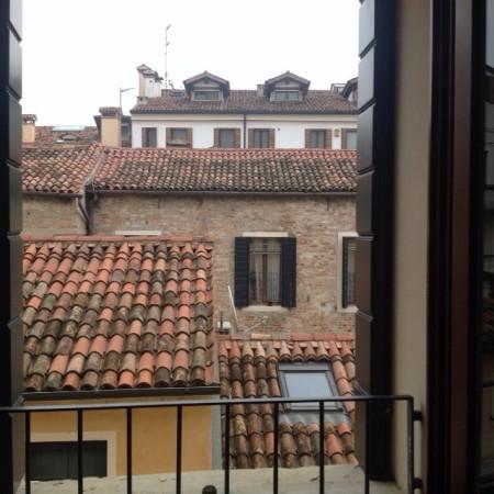 Appartamento in affitto a Padova, 3 locali, zona Zona: 1 . Centro, prezzo € 1.000 | Cambio Casa.it