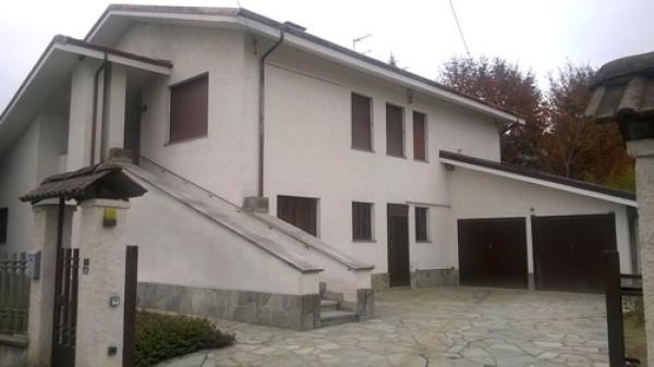 Rustico / Casale in vendita a Bra, 5 locali, prezzo € 295.000   Cambio Casa.it