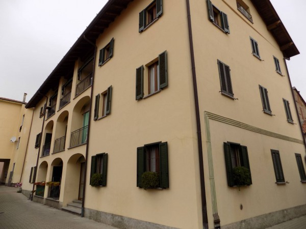 Appartamento in vendita a Lurate Caccivio, 2 locali, prezzo € 57.000 | Cambio Casa.it