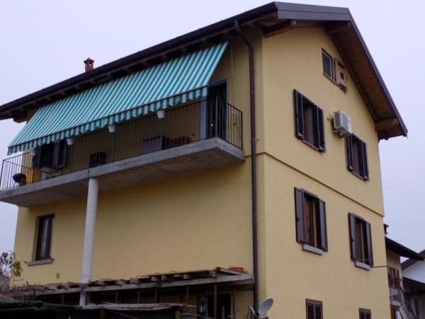 Appartamento in vendita a Uggiate-Trevano, 4 locali, prezzo € 160.000 | Cambio Casa.it