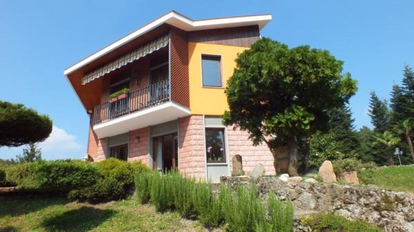 Villa in vendita a Venegono Superiore, 6 locali, prezzo € 977.000 | CambioCasa.it