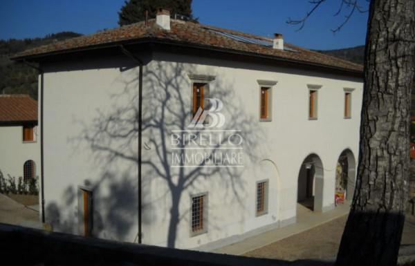 Villa in Vendita a Fiesole Periferia: 5 locali, 250 mq