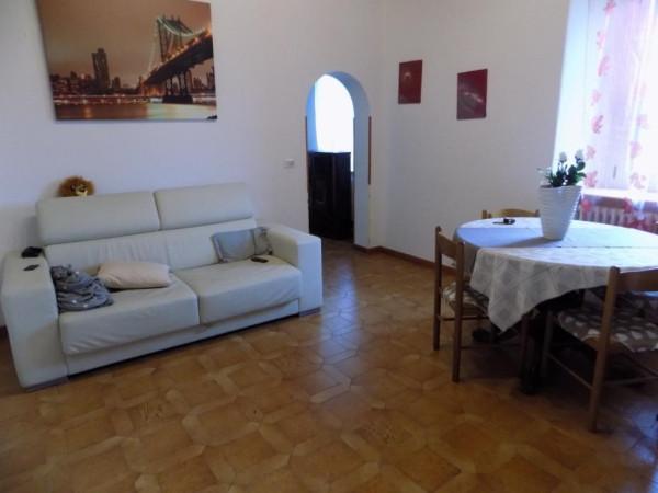 Appartamento in vendita a Faloppio, 3 locali, prezzo € 135.000 | Cambio Casa.it