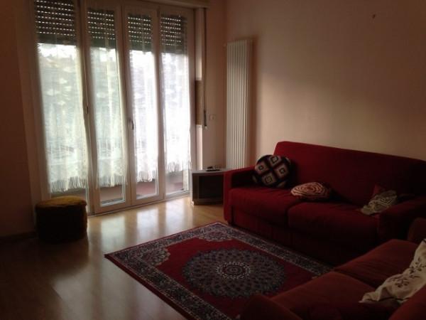Appartamento in affitto a Como, 2 locali, zona Zona: 1 . Centro - Centro Storico, prezzo € 600 | Cambio Casa.it