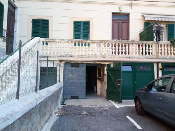 Magazzino in affitto a Genova, 9999 locali, zona Zona: 19 . Quarto, prezzo € 350 | Cambio Casa.it