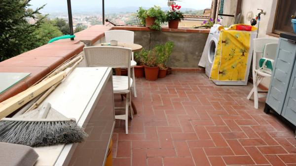 Soluzione Indipendente in vendita a Pescia, 4 locali, prezzo € 90.000 | Cambio Casa.it