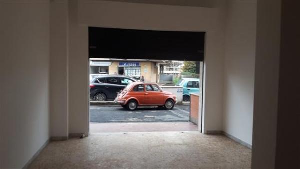 Negozio / Locale in vendita a Roma, 1 locali, zona Zona: 28 . Torrevecchia - Pineta Sacchetti - Ottavia, prezzo € 120.000 | Cambio Casa.it