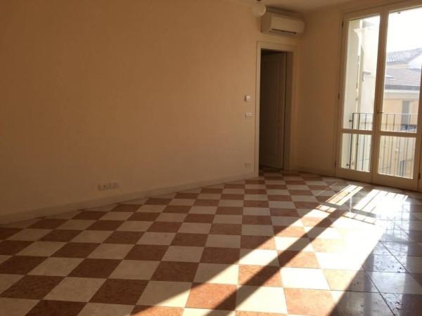 Appartamento in vendita a Novi di Modena, 3 locali, prezzo € 180.000 | Cambio Casa.it
