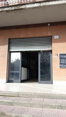 Negozio / Locale in affitto a Roma, 1 locali, zona Zona: 28 . Torrevecchia - Pineta Sacchetti - Ottavia, prezzo € 800 | Cambio Casa.it
