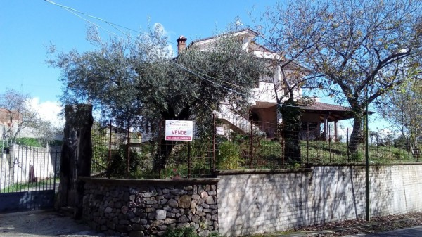 Villa in vendita a Roccamonfina, 6 locali, prezzo € 195.000 | Cambio Casa.it